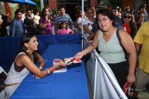 Jessie Camacho Autograph signing 3