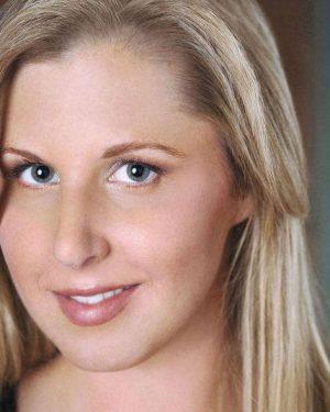 Jennifer Buonantony headshot 3