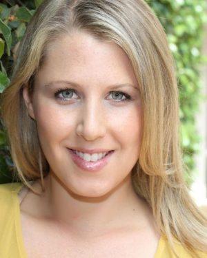 Jennifer Buonantony headshot 5